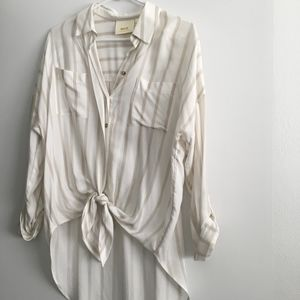 Anthropologie Maeve button-up tie front blouse